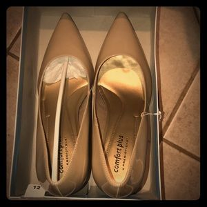 Size 12 pointed toe nude heels